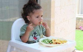 bambino alimentazione cibo