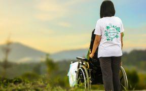 assistenza badanti disabili e anziani