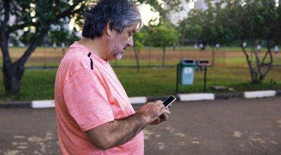 SMS uomo telefono
